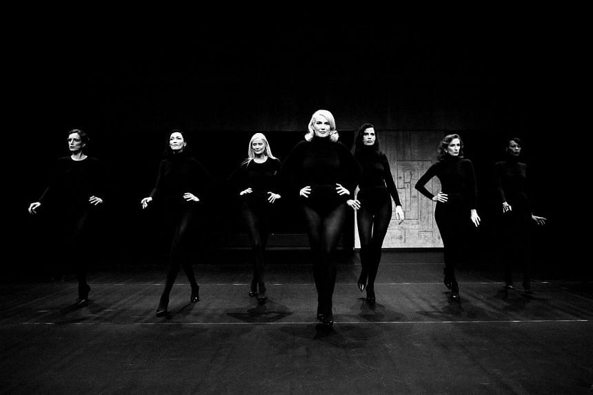 Models Never Talk performance is directed by renowned French fashion curator and historian Olivier Saillard.