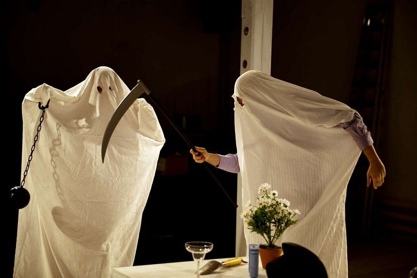 In Ibsen: Ghosts, Markus Schafer and Markus Wenzel wear ghost costumes and dance to the Ghostbusters theme song.