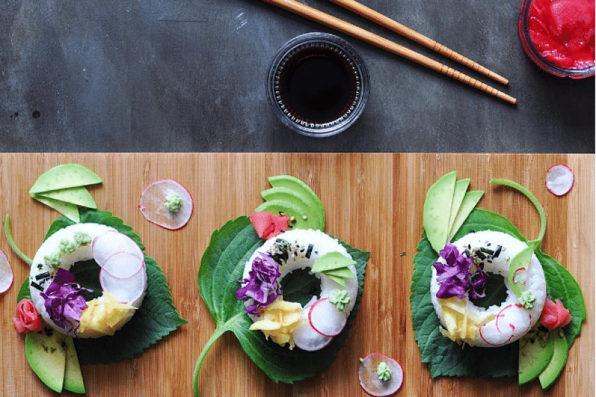 Sushi doughnuts are the latest food trend on the Internet.