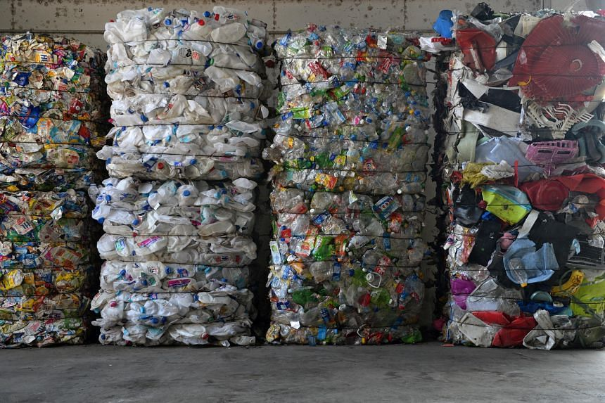 The 3R Packaging Awards recognises the efforts of companies in reducing packaging waste.