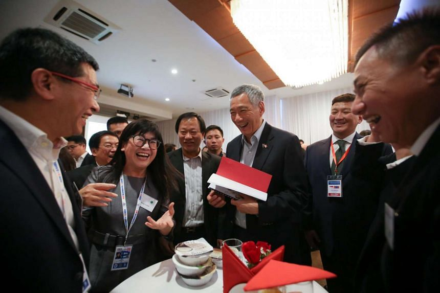 Prime Minister Lee Hsien Loong meets Singapore businessmen at Blue Sky Hotel in Ulaanbaatar, Mongolia, ahead of the Asia-Europe Meeting (ASEM) on July 13, 2016.