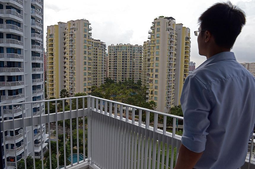 Mr Tan, president of Redas, said weak market sentiment is weighing heavily on the real estate market. Representatives of real estate firms and a financial institution at a Singapore property seminar yesterday suggested that with interest rates set to