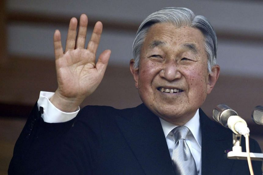 Japan's Emperor Akihito has no plans to abdicate, the imperial household has insisted.