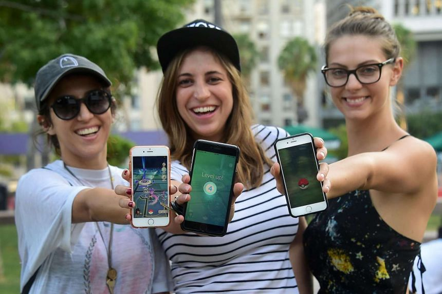 Pokemon Go fans in Los Angeles, United States, one of the first countries to have the mobile game.
