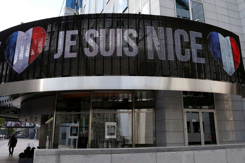 """An electronic board displays """"Je suis Nice"""" outside the European Parliament in Brussels, Belgium, on July 15, 2016."""