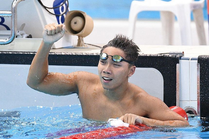 Top: Singapore's Lionel Khoo won the 200m individual medley in 2min 4.26sec yesterday. Above: Amanda Lim, seen here racing in the 50m butterfly, won the 50m and 100m freestyle events.