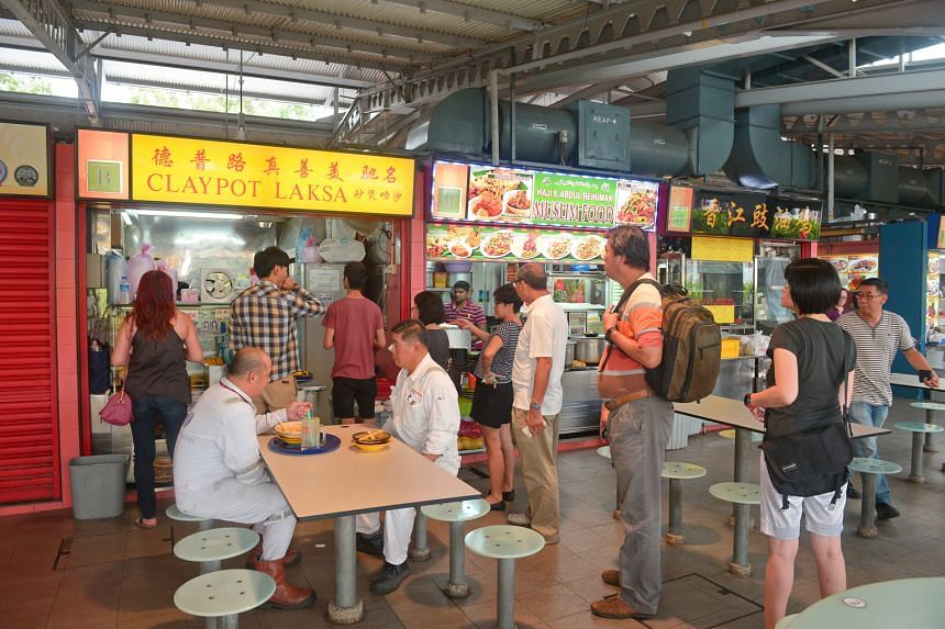 Zhen Shan Mei Claypot Laksa (above) at Alexandra Village Food Centre sold out at 2.30pm, instead of the usual 4pm.