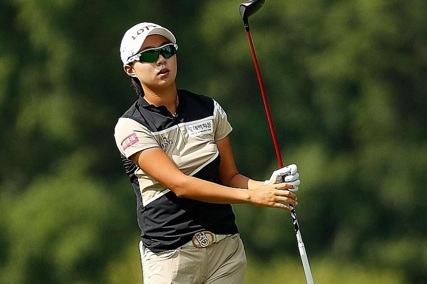 Kim Hyo Joo of South Korea fired a flawless round of seven birdies. Her third-round 64 gave her a three-shot lead over world No. 1 Lydia Ko and American Alison Lee at the Marathon Classic.
