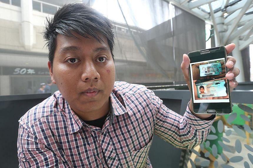 Mr Rizal shows a photo of a duplicate driving licence (the one above) with his name and IC number, but with his brother Redzuan's photo. The driving licence below is his real licence. Redzuan has impersonated his younger sibling on over a dozen occas