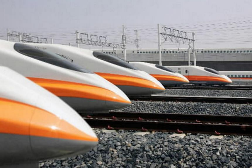 Taiwan High Speed Rail Corp. 700T series passenger trains seen at the Zuoying station in Kaohsiung, Taiwan, in 2005.