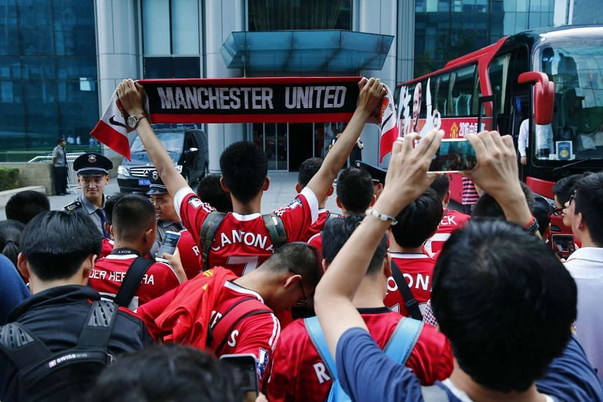 Manchester United fans at the team hotel at Sheraton Hotel in Beijing, on July 25, 2016.