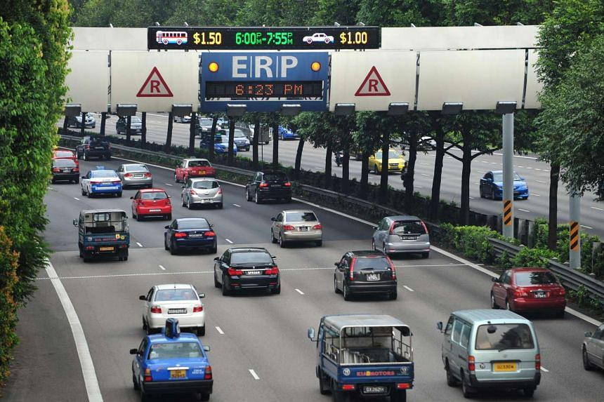 Cars passing under the ERP gantry along the CTE towards Ang Mo Kio in January 2012.