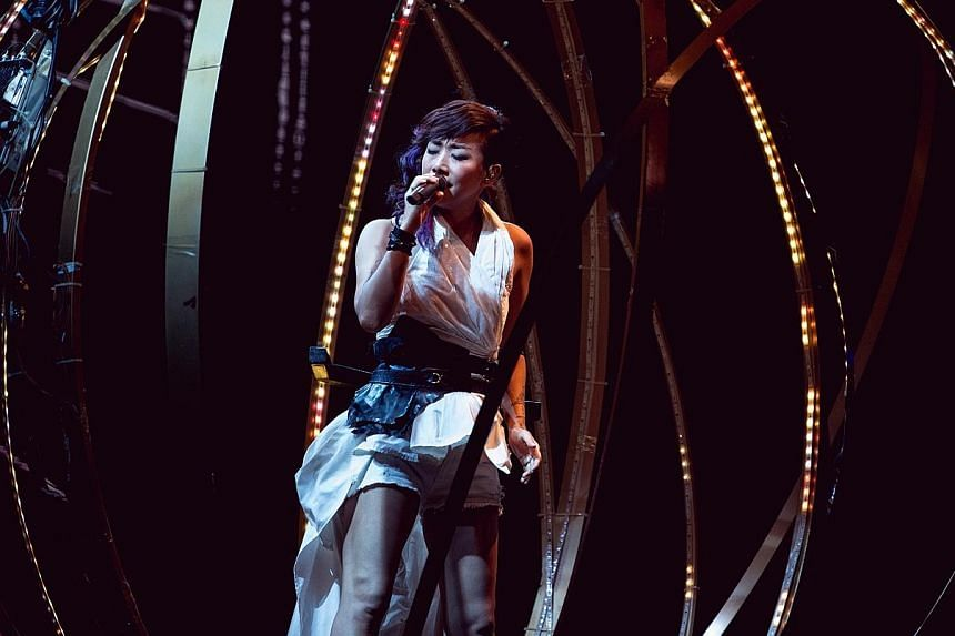 Sandy Lam's unique voice was powerful, warm and tender.