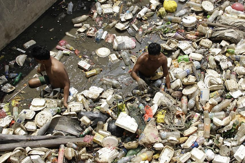 pollution by dumping garbage