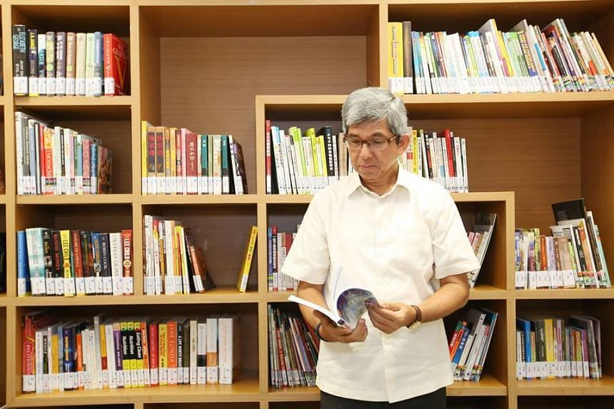 Minister for Communications and Information Yaacob Ibrahim, a self-described bookworm.