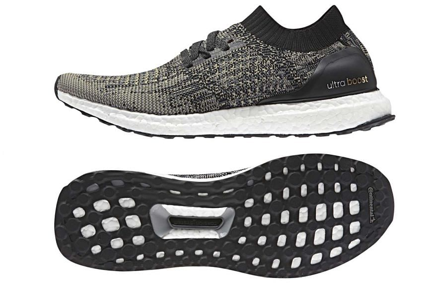 The Uncaged uses the original Ultra Boost's dual-density Torsion System, which is embedded in its base, allowing better independent movement between the heel and forefoot for more stability and control.
