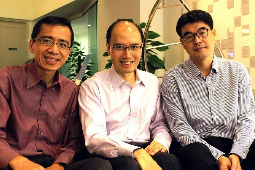 """Professors (from left) Tan Eng King, Ng Huck Hui and Shawn Je helped lead the research that is a world first in creating midbrain tissue. The resultant """"mini-brains"""" are a much simpler version of the human midbrain."""