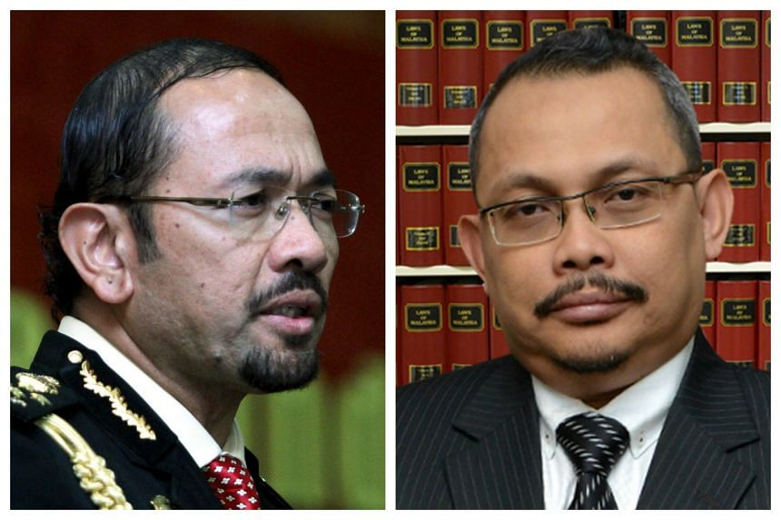 Mustafar Ali (left), director-general of the Immigration Department, and Dzulkifli Ahmad, chief commissioner of the Malaysian Anti-Corruption Commission.