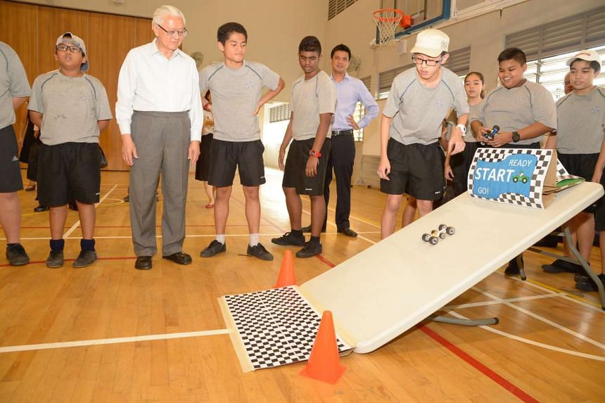 President Tony Tan during a visit to Spectra Secondary School on Aug 3, 2016.
