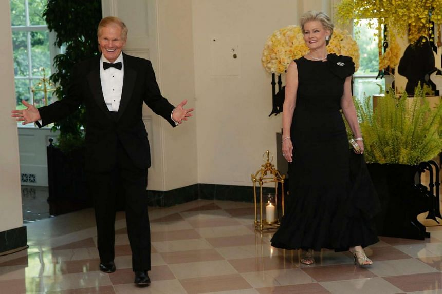 Senator Bill Nelson and Ms Grace Nelson arrive at a State Dinner in honor of Prime Minister Lee Hsien Loong of Singapore at the White House in Washington on Aug 2, 2016.