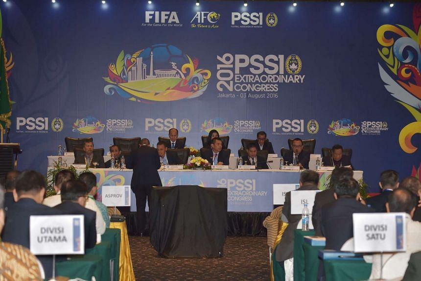 Members of Indonesia's Football Association (PSSI) hold an extraordinary congress in Jakarta on August 3, 2016.