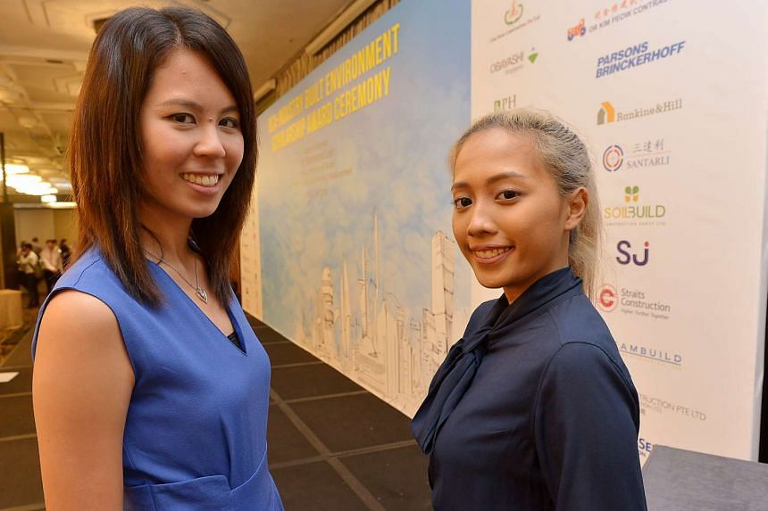 Singapore Polytechnic student Aqilah Alwi, one of the BCA scholarship award recipients, with Lim Kah Huay, recipient of a joint scholarship from the BCA and CDL in 2008.
