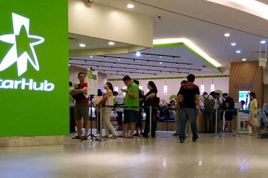 Although StarHub's mobile revenue fell in the second quarter, the company also grew its subscription revenue in the same period by increasing its customer base.