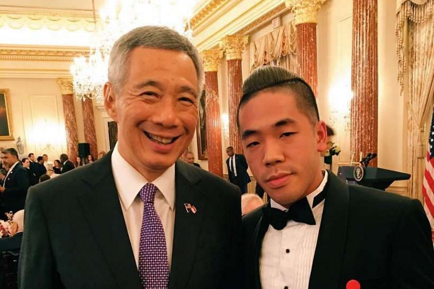 Shigga Shay chatting with Prime Minister Lee Hsien Loong at the White House State Lunch.