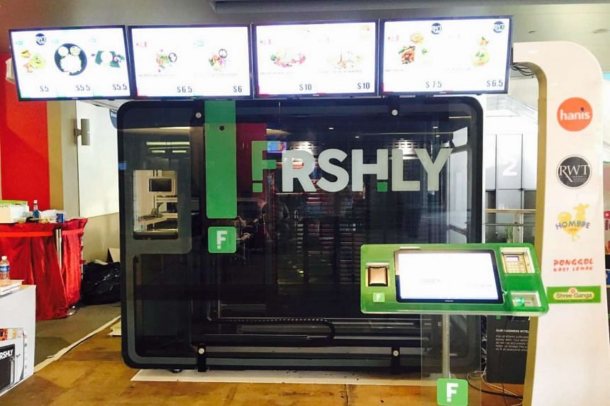 A vending machine fromn Frshly, which sells pre-packaged food from partner restaurants such as Punggol Nasi Lemak.