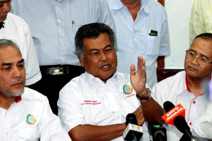 Datuk Seri Ahmad Said (centre) speaking during a press conference after being appointed as the Terengganu Perkasa president.