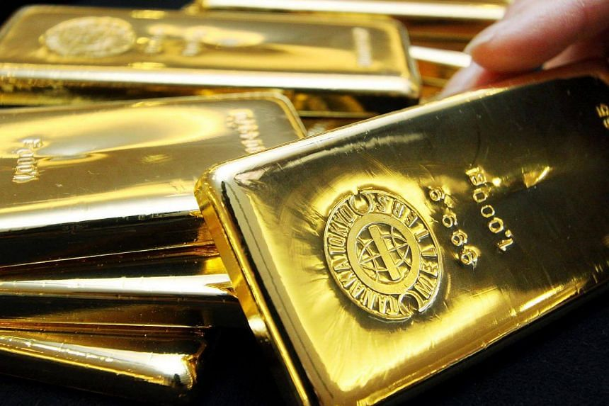 Gold lost 1.9 per cent on Aug 5, 2016, the biggest drop since May 9.
