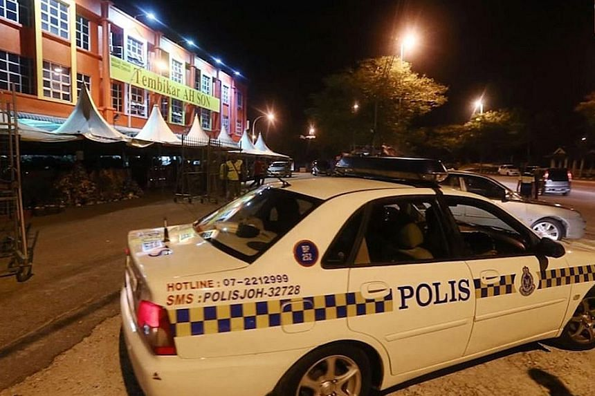 The suspect confined the 53-year-old victim in a room at her ceramics shop in Ayer Hitam while police negotiated for her release. However, the gunman refused to let her go even after her family agreed to pay the RM300,000 (S$100,000) ransom.