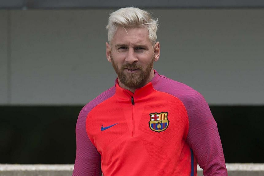Barcelona's Argentinian forward Lionel Messi takes part in a team training session in July 2016.