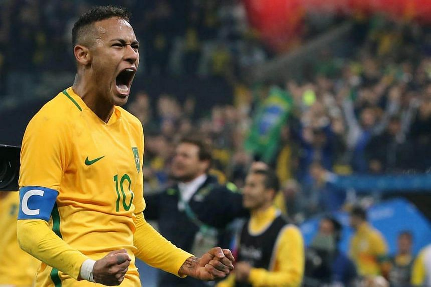 Captain Neymar scored a free kick against Columbia to lead Brazil's football team into the Olympics semi-finals.