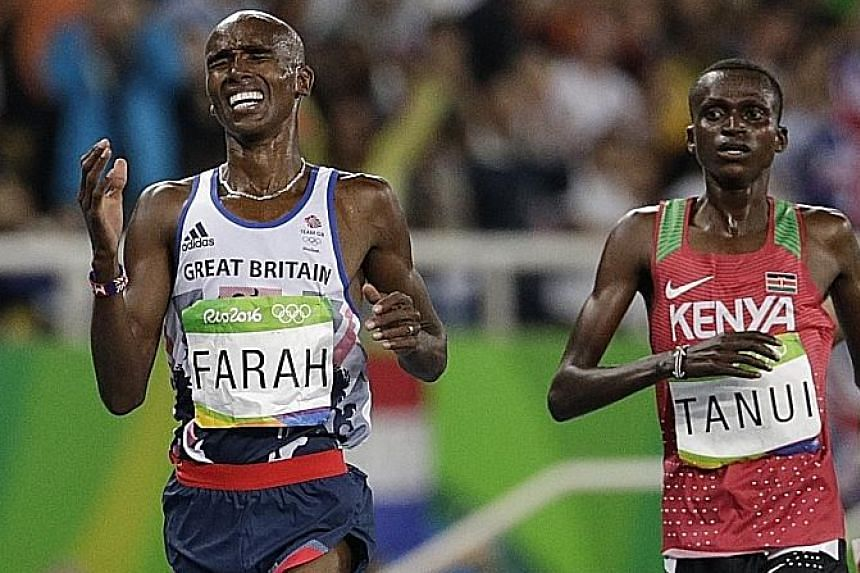 After recovering from a mid-race fall, Britain's Mo Farah outsprinted Kenyan Paul Tanui to retain his London 10,000m title on Saturday in 27:05.17. He will defend his 5,000m title on Wednesday.