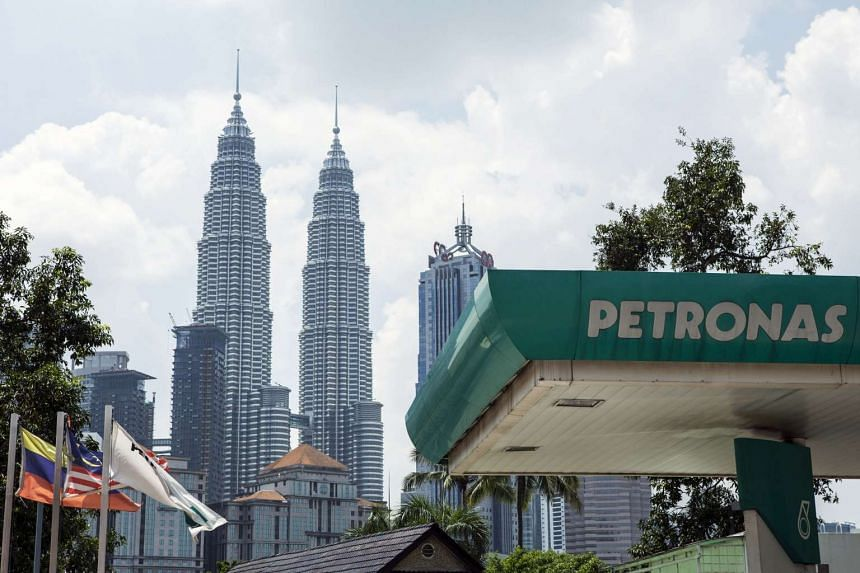 Two workers were killed and three injured by an ammonia leak on Aug 16 at a Malaysian chemical plant owned by Petronas.