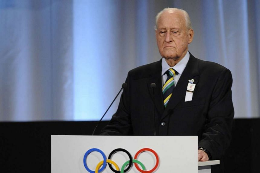 Former Fifa president and IOC member Joao Havelange has died at the age of 100.