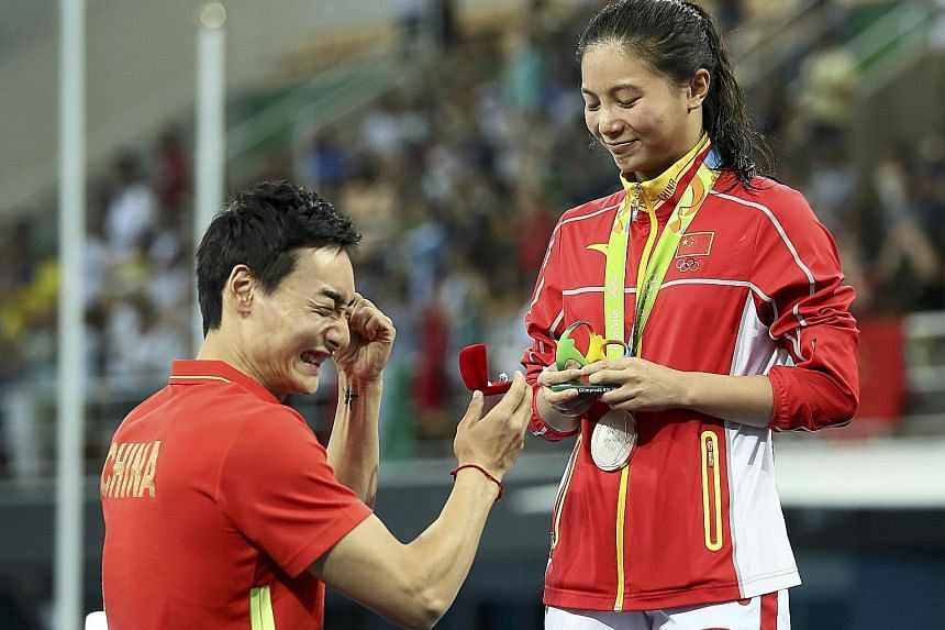 Qin Kai is set to plunge into marriage with fellow diver and fiancee He Zi, after he presented her with an engagement ring following the medal presentation for the 3m springboard final. The pair have been dating for six years. In the medal stakes, sh