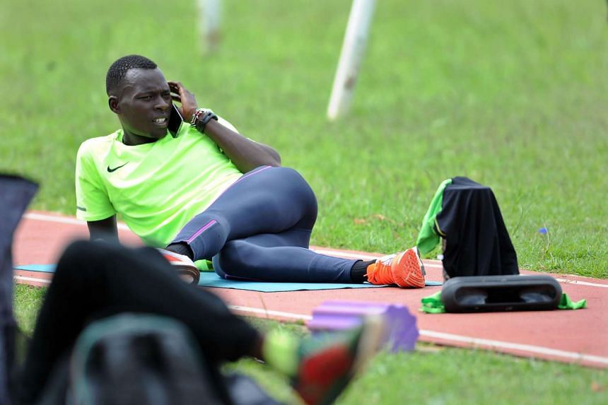 Kenyan athlete and world champion in the men's 400m Nicholas Bett has crashed out of the first round of the men's 400m hurdles.