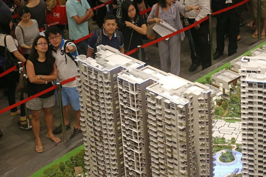 Home buyers at High Park Residences showroom, a condo development in Fernvale.