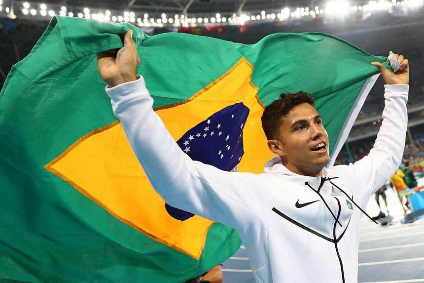 Thiago Braz da Silva of Brazil celebrates winning gold.