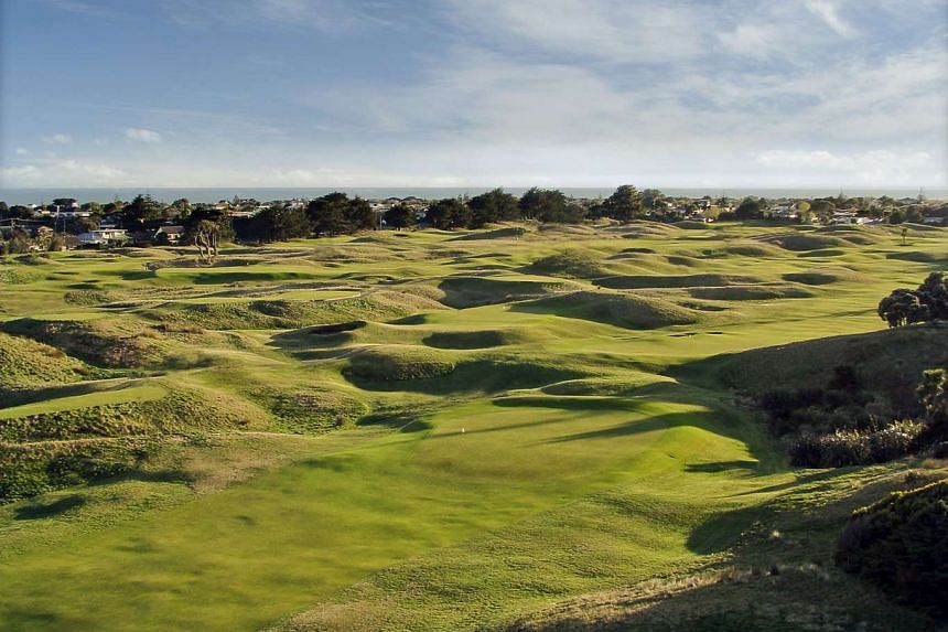 The scenic view of Paraparaumu Beach Golf Club in North Island, New Zealand.