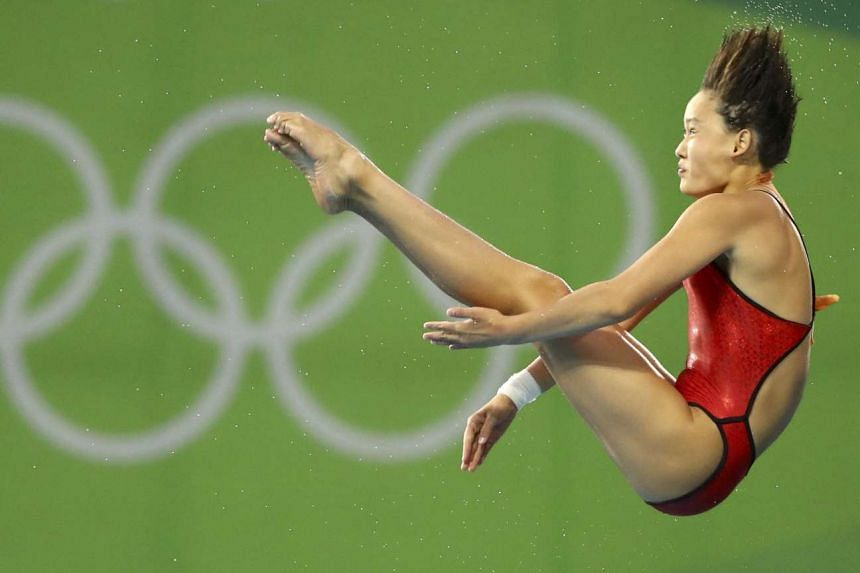 Ren Qian of China competes to win the gold.