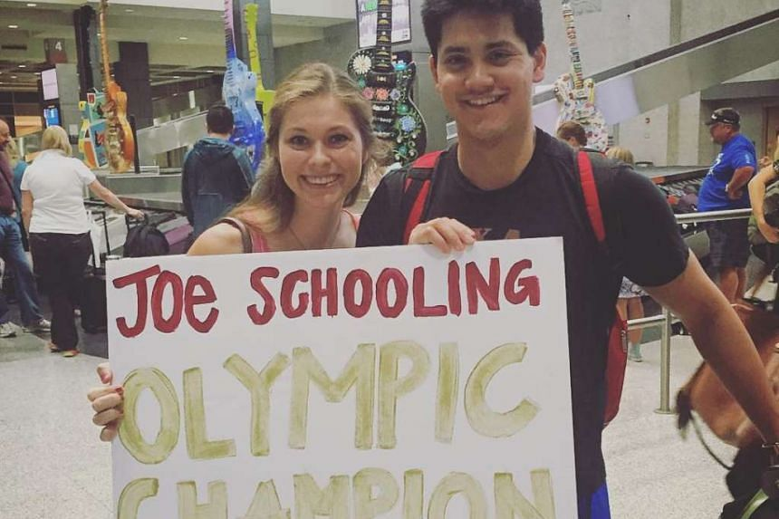 Ms Casey Shomaker posted a photo of her with Joseph Schooling at the airport on Saturday.