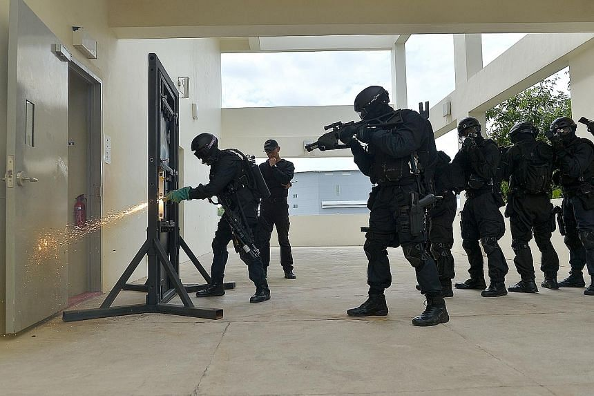 Spear recruits spend four months on a tactical course designed to make sure officers can perform high-risk operations and handle prison disturbances. The course includes training in escorting high-risk inmates, close-quarters combat and team dynamics
