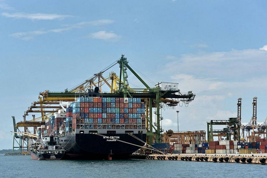 Singapore's July exports are expected to fall on a monthly basis for third straight month.
