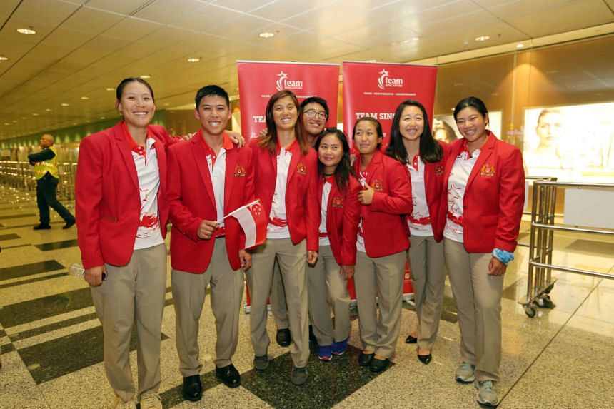Team Singapore's final batch of Olympic athletes, the sailing team (from left) Sara Tan, Justin Liu, Jovina Choo, Colin Cheng, Griselda Khng, Denise Lim, Amanda Ng and Elizabeth Yin, return from Rio at Changi Airport Terminal 3 on August 24.