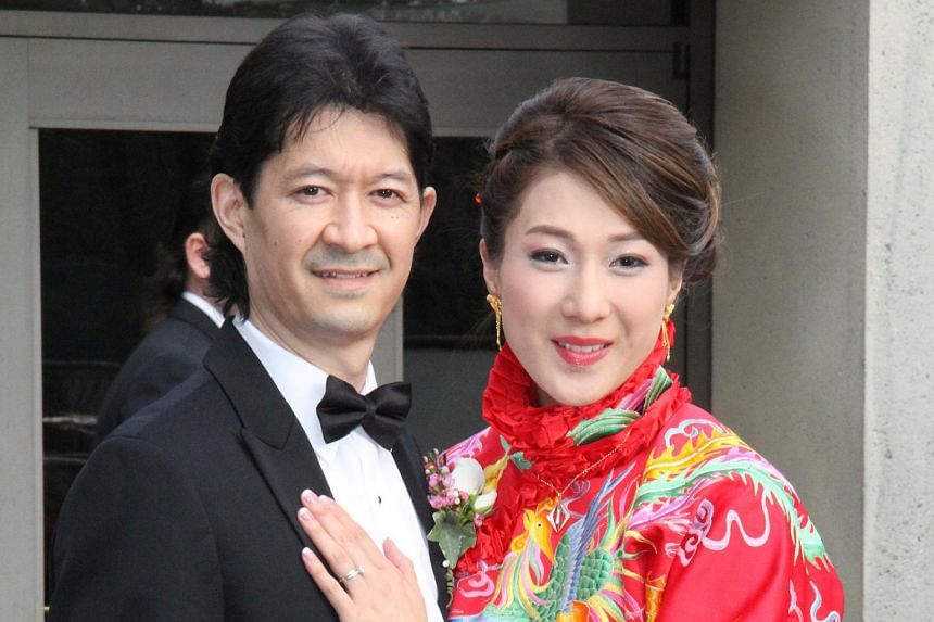 Actress Linda Chung and Jeremy Leung at their banquet held in Vancouver on Feb 27, 2016.
