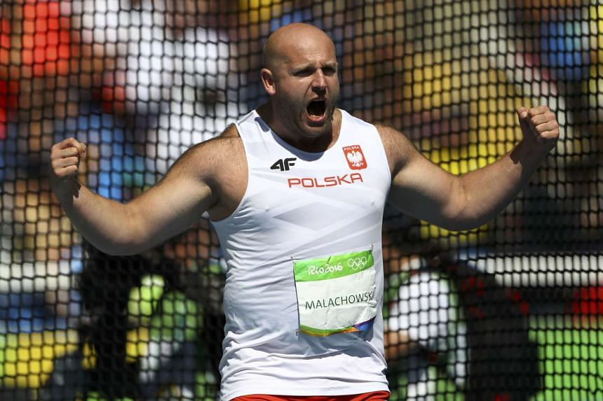 Discus silver medallist Piotr Malachowski hopes the price fetched by his medal will raise crucial funds to treat Olek Szymanski, a three-year-old Polish boy suffering from a rare cancer.