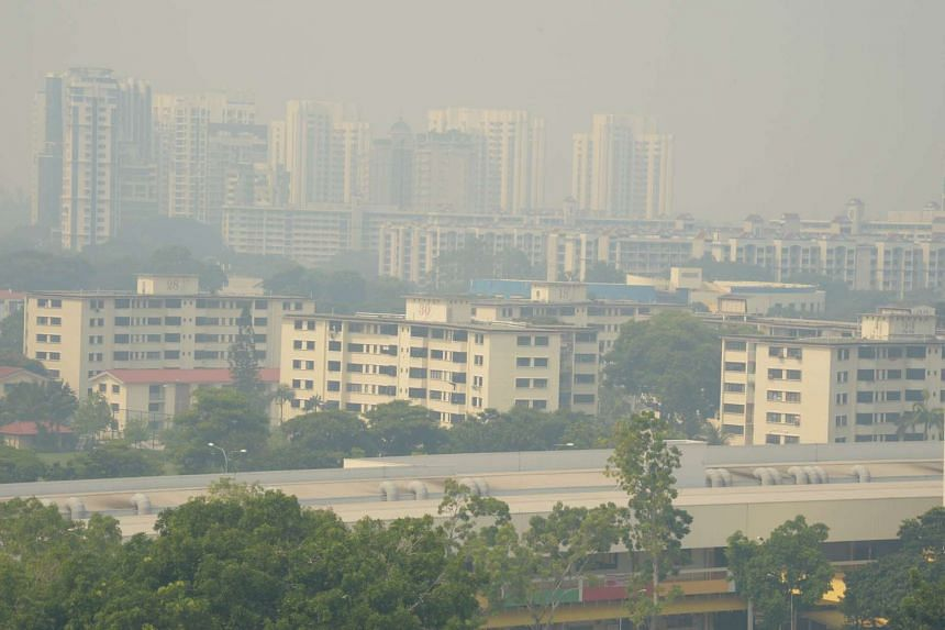 Hazy skies near Old Airport and Dakota Crescent at 12pm in the Eastern part of Singapore on Aug 26.